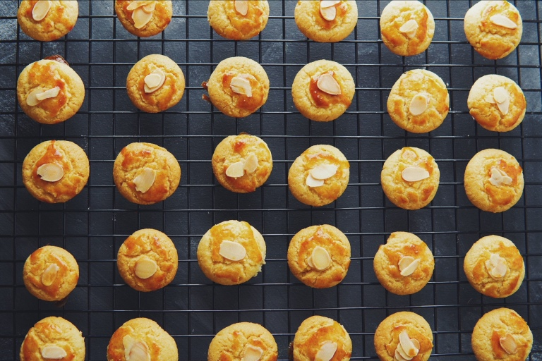 CNY Almond Cookies