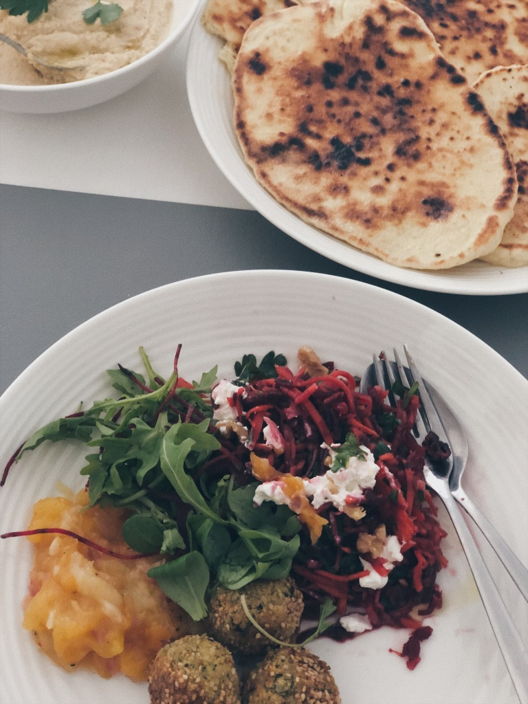 Lunch Naan
